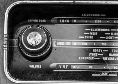 gallery-old-radio